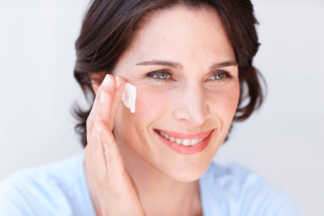 Dehydration & Wrinkles in Ageing Skin